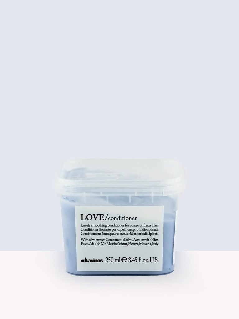 Davines Essential Haircare LOVE / Conditioner- Балсам за обемни къдрици